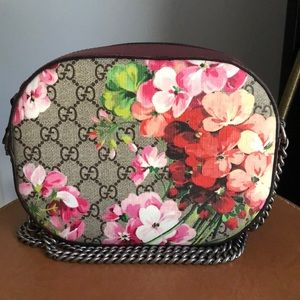 New GG Supreme Blooms Crossbody